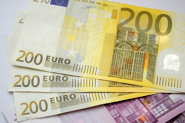 euro peníze.jpg